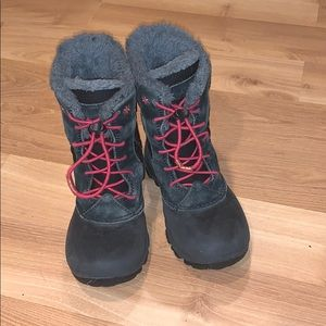 Columbia girl's snow/winter boots black size 12